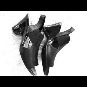 Ann Klein wedge black Sandals size 8.5 medium